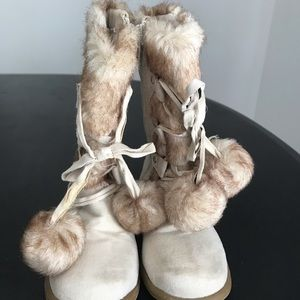SALE! 3/$30 Toddler lined boots